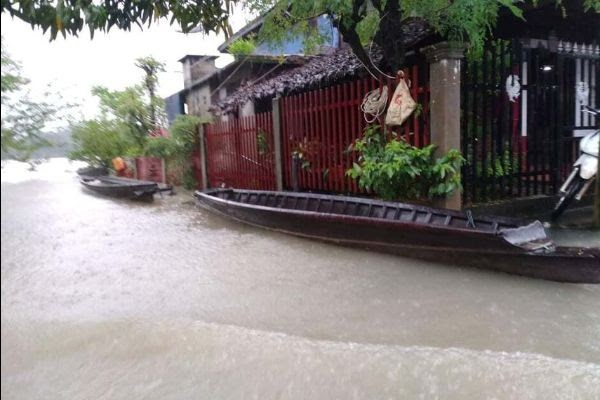 house with flooding